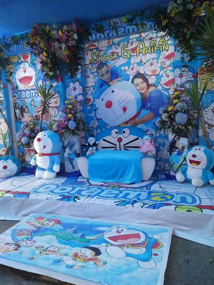 Desain Pernikahan Dekorasi Pelaminan Doraemon
